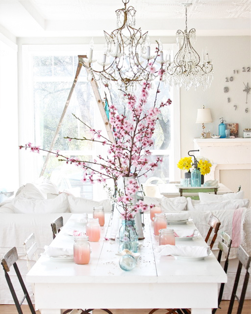Eclectic Dining Room: Pastel Home Accents For Spring