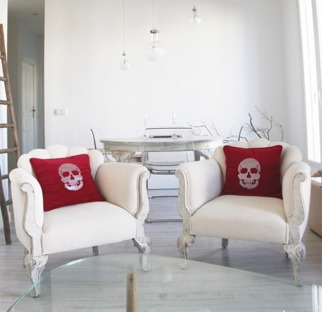 red skull pillows