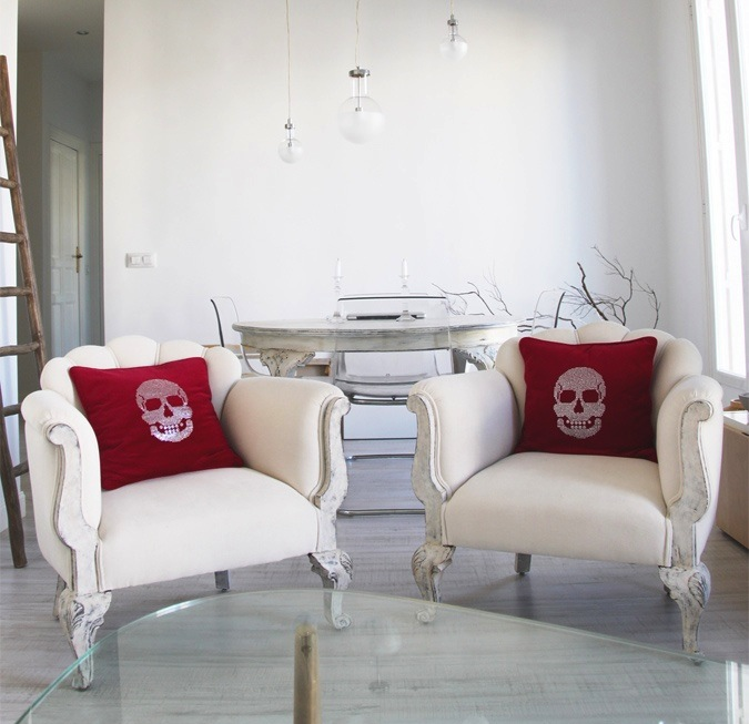red skull pillows